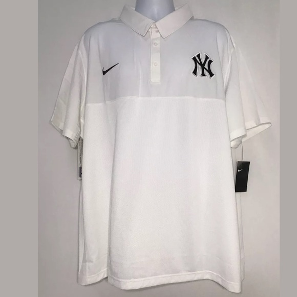 NEW YORK YANKEES WHITE SHORT SLEEVE POLO MEN/'S SIZE LARGE NEW WITH TAGS